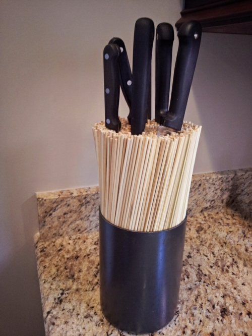 Messerblock für Küchenmesser becher plastisch