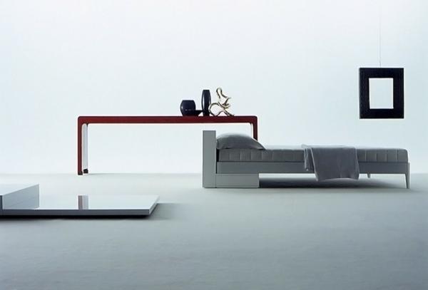Minimalistische Schlafzimmer Ideen grau matratze hängelampe