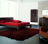 Minimalistische rote Schlafzimmer – Vibrierende rote Farbe