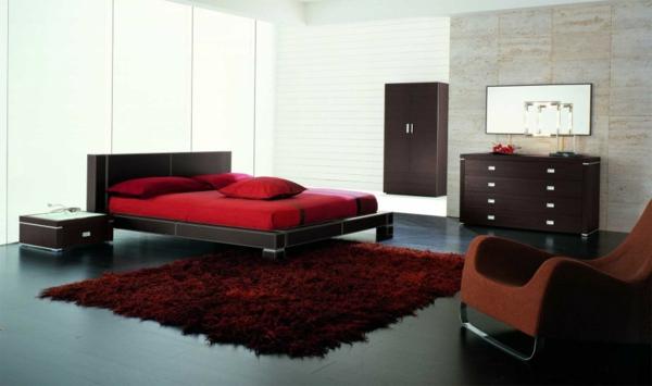 Minimalistische rote Schlafzimmer bettwäsche kommode liege teppich