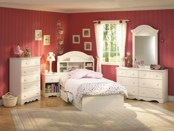 awesome schlafzimmer kommode mit spiegel pictures. Black Bedroom Furniture Sets. Home Design Ideas