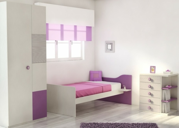 wandgestaltung wohnzimmer grau lila raum und m beldesign inspiration. Black Bedroom Furniture Sets. Home Design Ideas