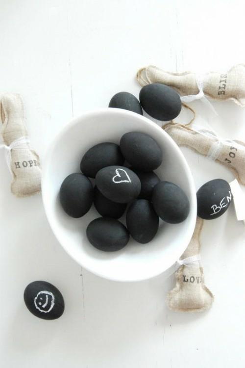Ostereier in Schwarz Weiß keramisch