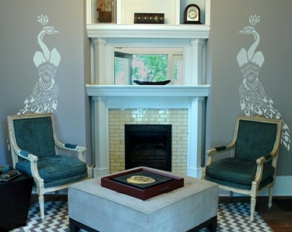 Pfauenfedern Deko im Wohnzimmer - Trends 2014