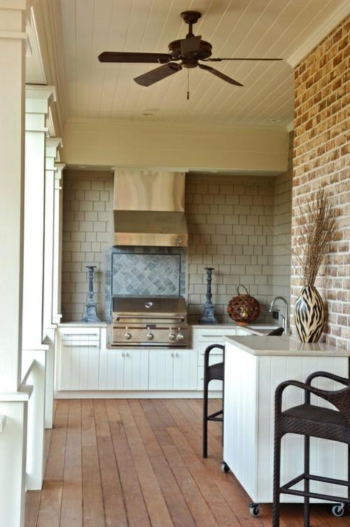 Praktische Küche im Garten gestalten stuhl tisch rollen