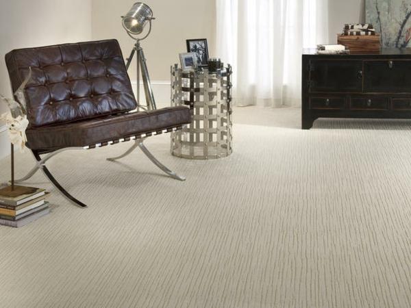 Teppich im Wohnzimmer braun leder couch leseecke