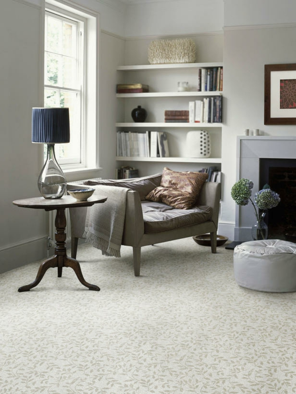 Teppich im Wohnzimmer natürlich neutral blumen muster