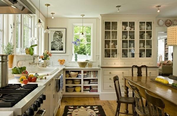 weiße Landhausküche glas türen küchenschrank