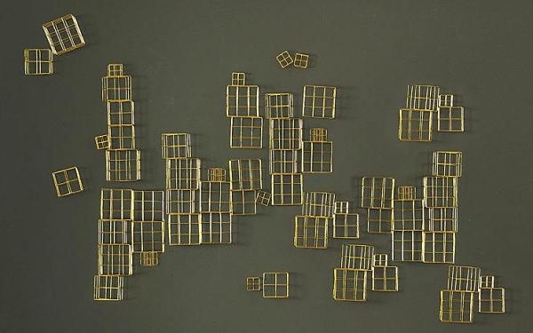 Wanddeko fürs Esszimmer golden geometrisch
