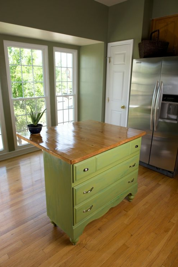 Kommode als Küchenblock grün bemalt holz