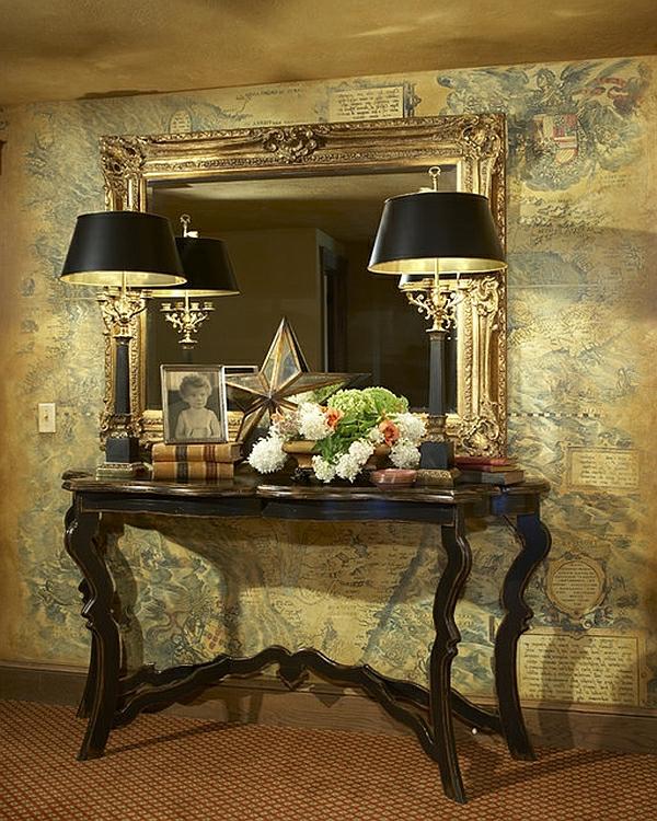 diele gestalten kommode spiegelrahmen gold ornamente