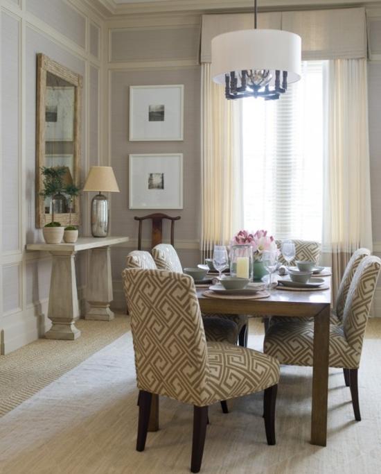 esszimmer dekoration geometrische muster stühle