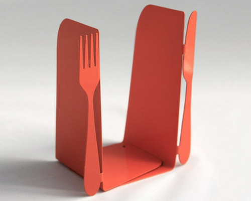 fantastische Bücherstützen orange gabel messer satz kochbücher küche