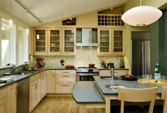 farben für küchenwände ideen grün fliesenspiegel insel essbereich