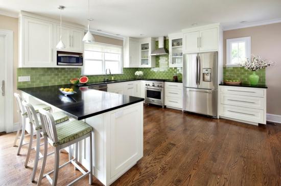 farben für küchenwände ideen grün fliesenspiegel weiß