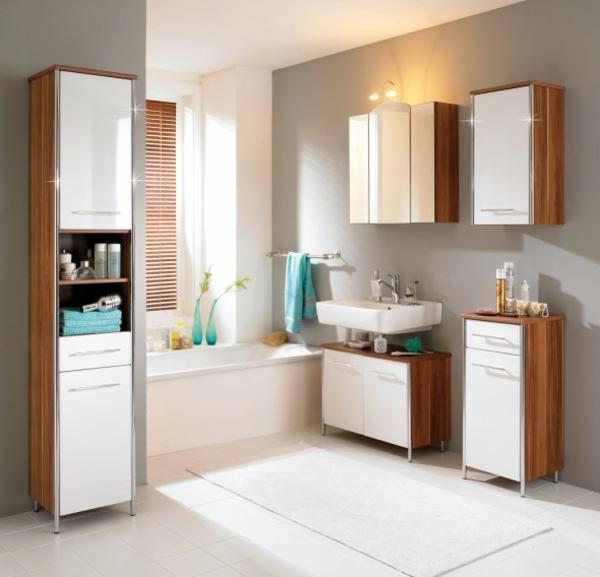 hygiene im bad schmale regale weiße fronten