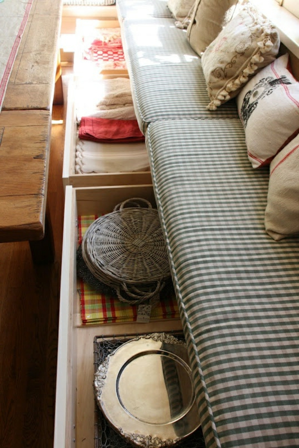 küche design esstisch stühle sitbank teller dekorativ