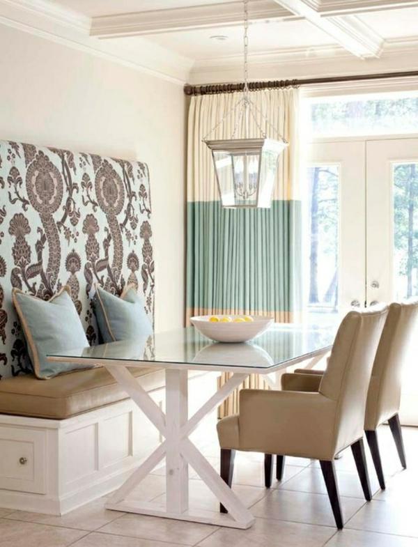 küche design esstisch stühle sitbank wand blau wurfkissen