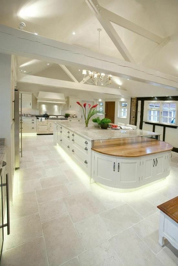 küchendesigns ovale kücheninsel schubladen schränke