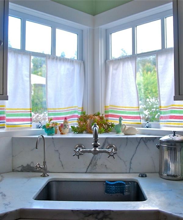 küchen gardinen marmor spüle chrom armaturen