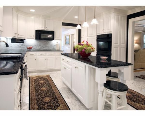 Arbeitsplatte Kochinsel küchentrends 2014 elegante designs aus granit und quartz