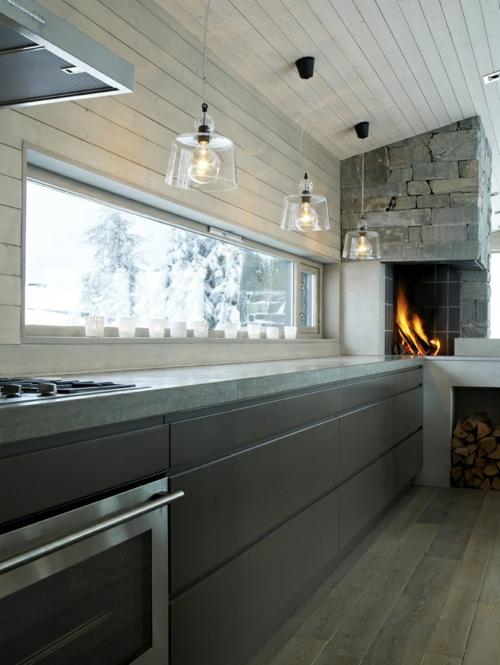 kamin in der küche einbauen backstein fenster holz bodenbelag