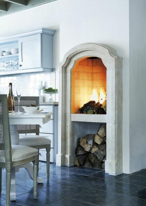 kamin küche einbauen brennholz heizung