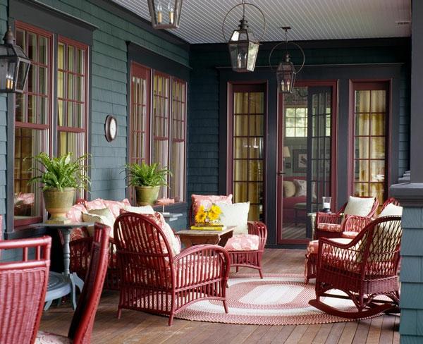 korbmöbel dunkelrot geflochten überdachte terrasse