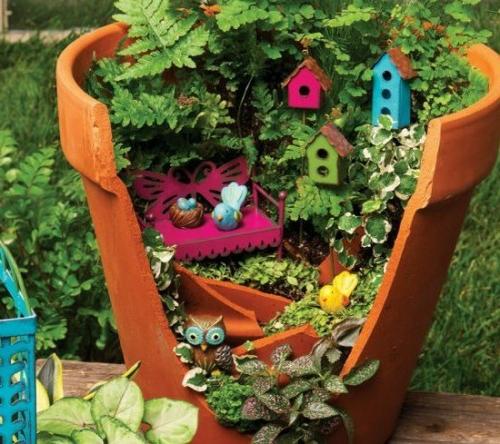 Kreativer minigarten 16 originelle baselideen aus alten for Autoreifen gartendeko