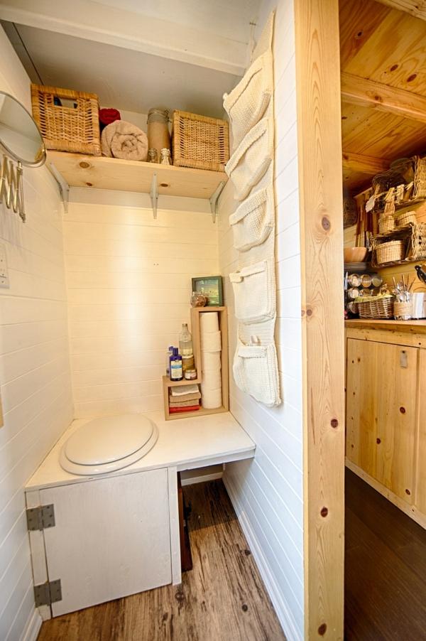 mobiles haus kleine toilette