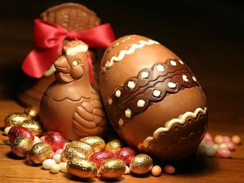 ostereier aus schokolade feine ornamente schokohenne