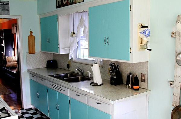 retro-küche türkis küchenschränke holzfurnier marmorlook