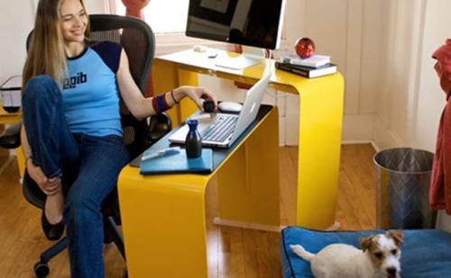 schreibtisch bürotisch gelb stufen haus home office