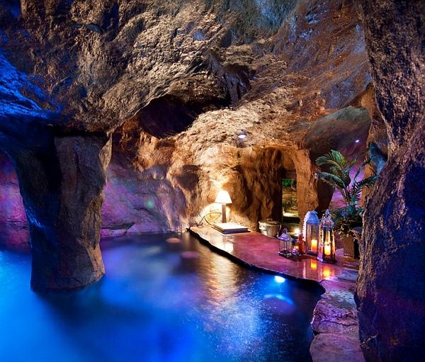 schwimmbecken zu hause höhle