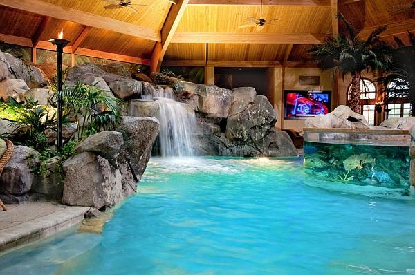 schwimmbecken zu hause wasserfall