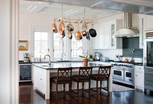 pfannen hängend kücheninsel