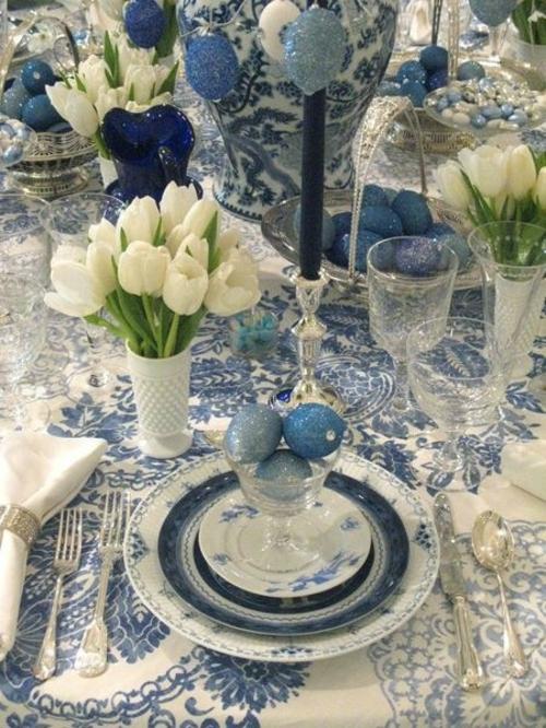 tischdeko zu ostern tischdecke gobaltblaue muster