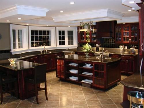 u-form küche luxuriös mahagoni vitrinen