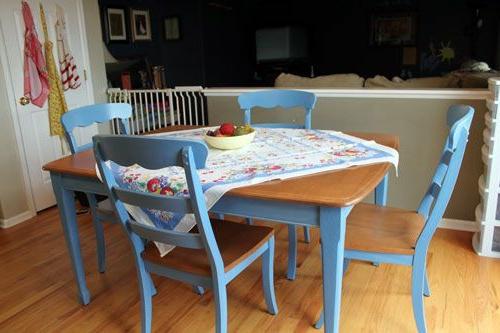 vintage tische azur blaue stühle