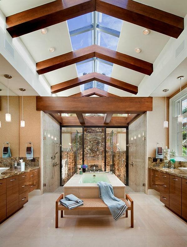 Badeinrichtung mit Stil dachfenster holz balken zimmerdecke hoch