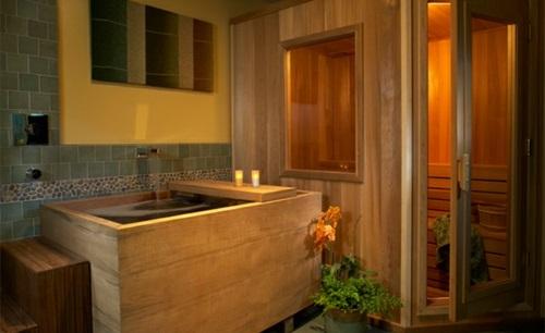 Badezimmer mit Badewannen aus Holz rustikal warm