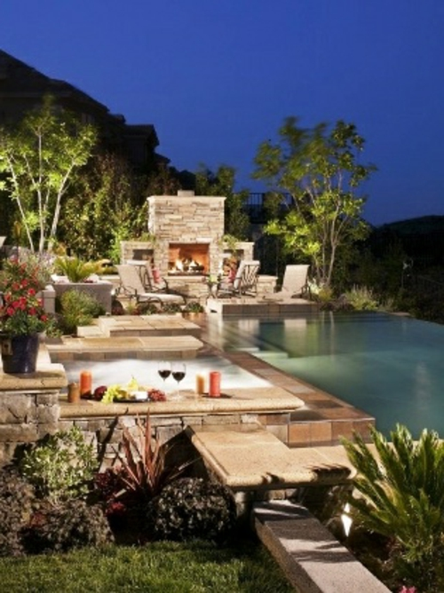 veranda mit Naturstein gestalten garten möbel pool