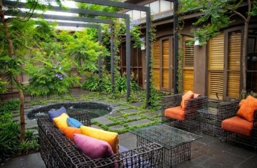 Gartenmobel Gebraucht Nurnberg : Coole Gartendekoration metall DIY gartenmöbel bunt kissen