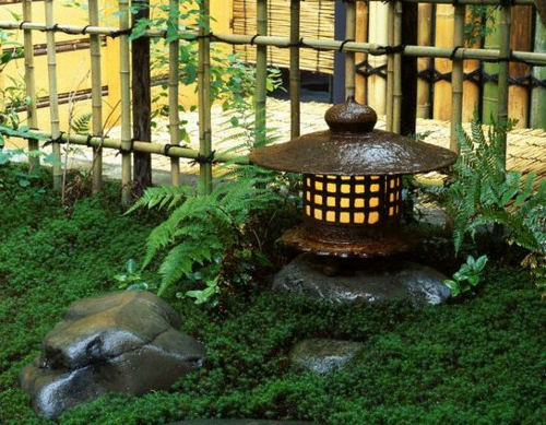 Coole Gartendekoration wasser anlage steine grün