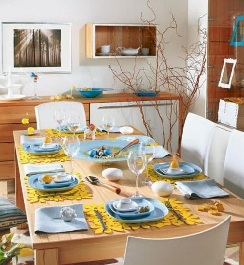 Osterdeko basteln tisch blau keramisch teller