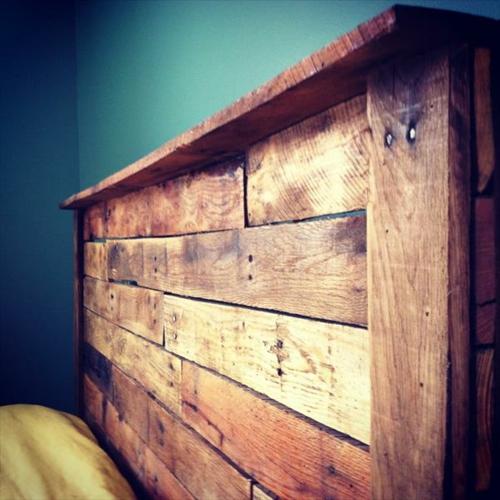 diy kopfteil aus europaletten. Black Bedroom Furniture Sets. Home Design Ideas