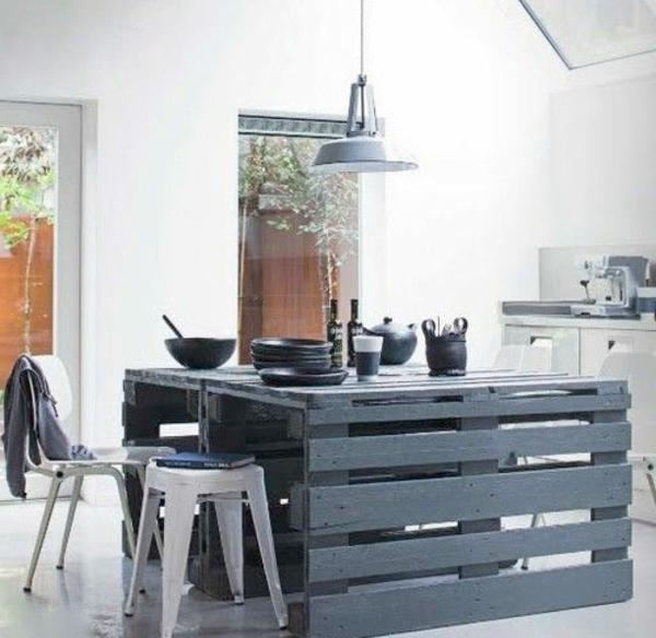 DIY Möbel aus Europaletten kücheninsel garten küche massive