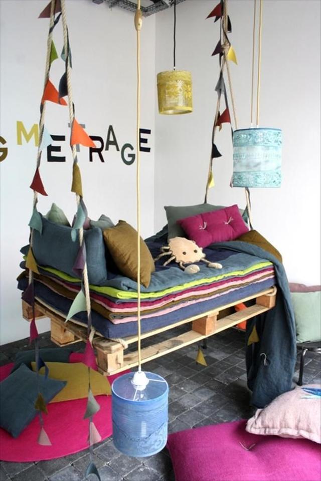 DIY Schaukel Europaletten garten bunt weich