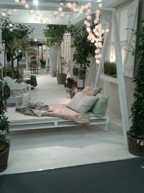 diy schaukel aus europaletten 25 m rchenhafte ideen f r sie. Black Bedroom Furniture Sets. Home Design Ideas