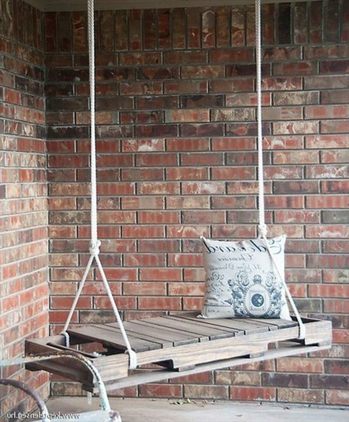 DIY Schaukel Europaletten kissen rustikal